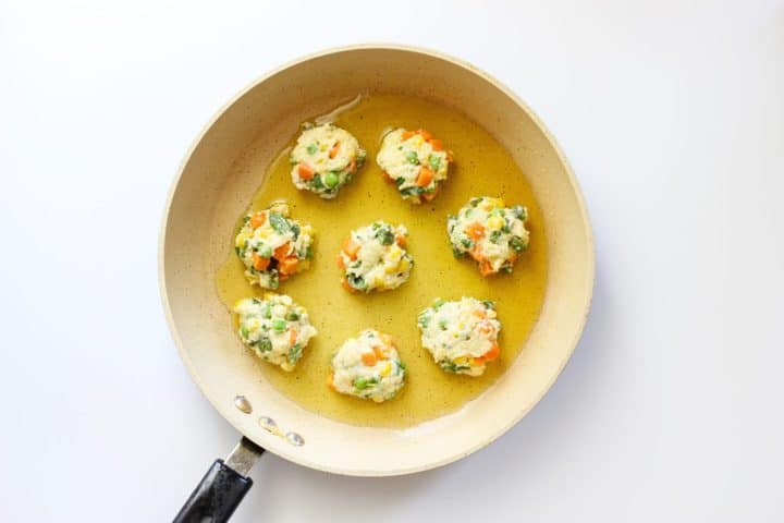 Veggie fritters Pan
