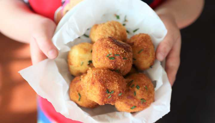 Cheesy Chicken Potato Balls