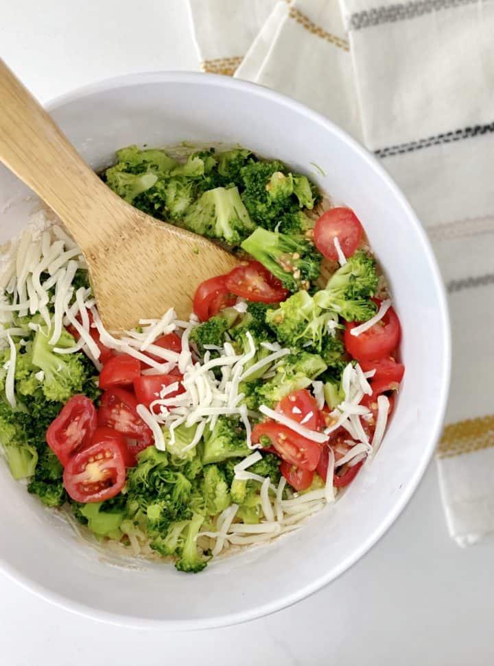 Mixed veggies into flour