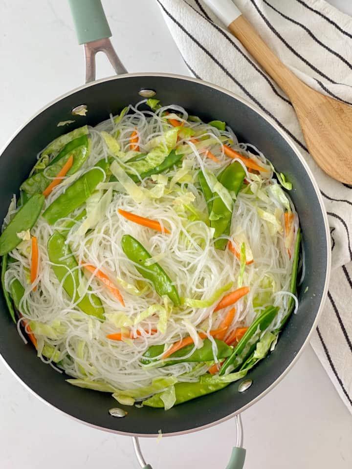 pan of noodles and vegetables