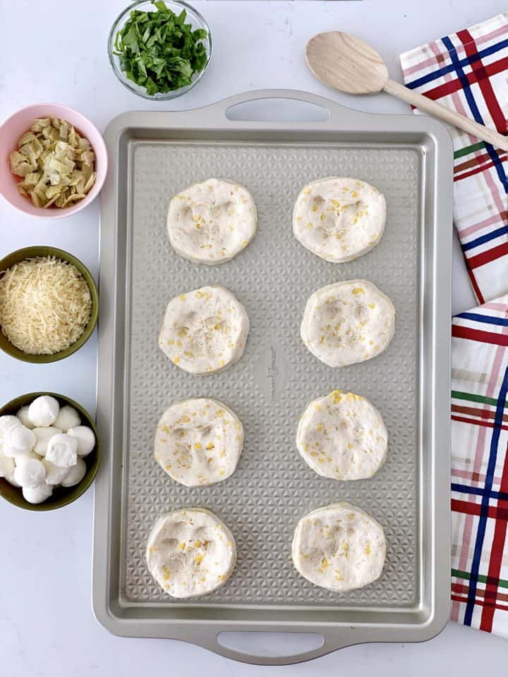 dough circles with holes in the middle